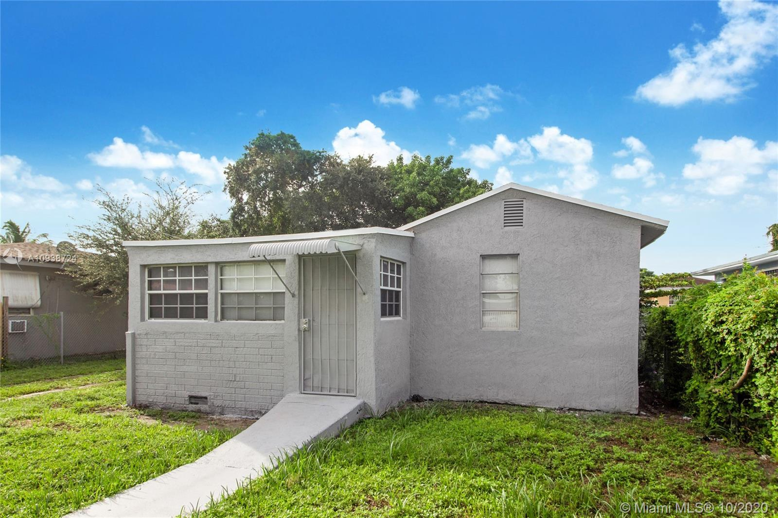 3094 NW 52nd St  For Sale A10938724, FL