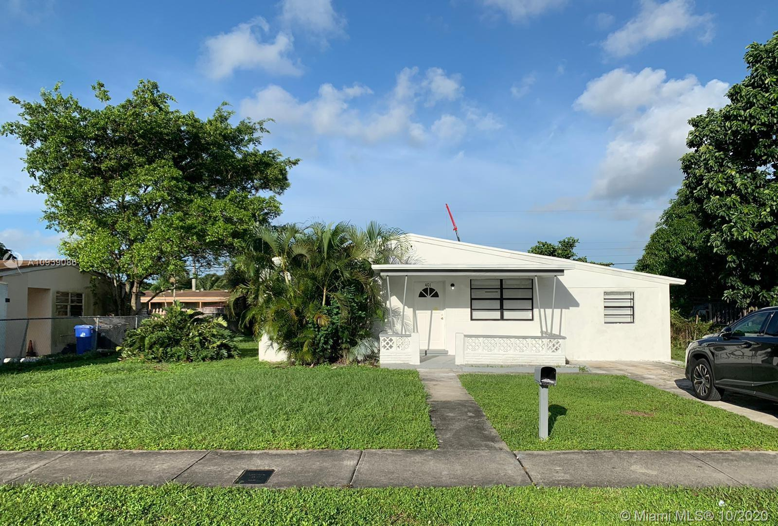 401 SW 24th Ave  For Sale A10939086, FL