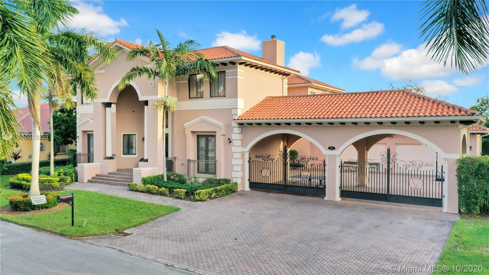 8014 SW 195th Ter  For Sale A10939295, FL