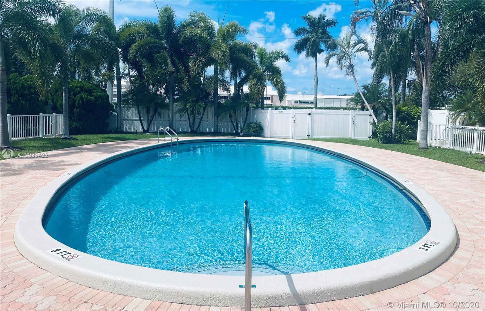 1821 NE 62nd St #327 For Sale A10939422, FL