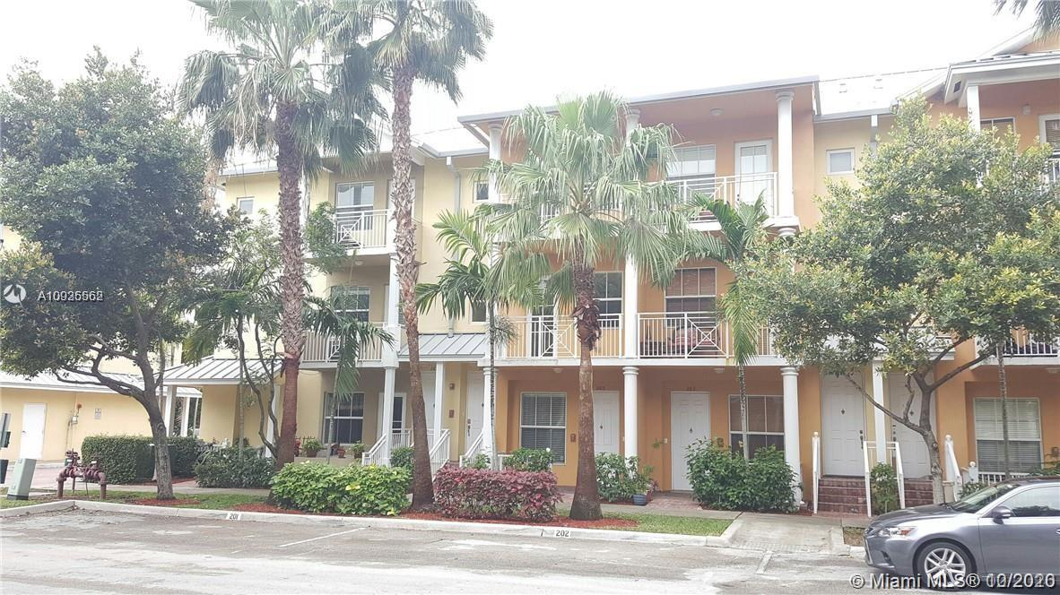 365 SW 13th Ter #365 For Sale A10935562, FL