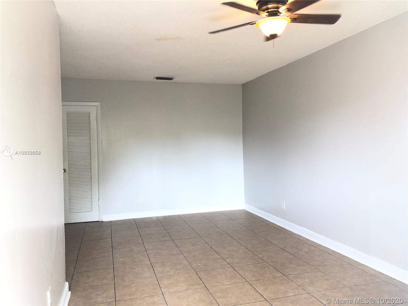 716 SW 16th Ave #3 For Sale A10939658, FL