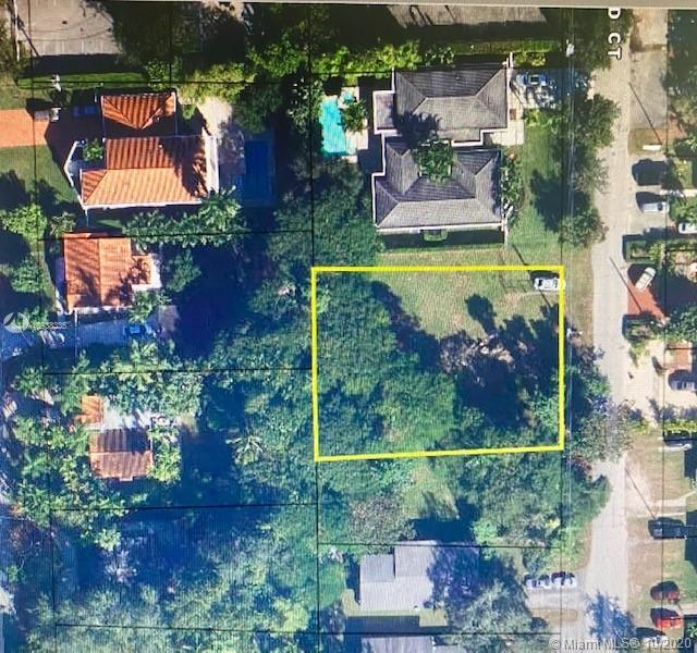 7240 SW 63rd Ct.  For Sale A10938335, FL