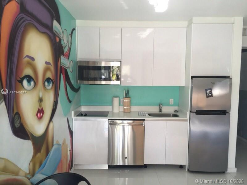 801  15th St #105 For Sale A10940282, FL