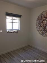 1560  Meridian Ave #102 For Sale A10940359, FL