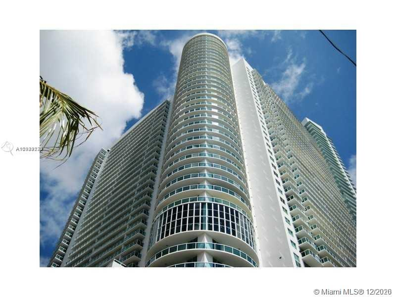 STUNNING 1/1 AT THE 1800 CLUB. LUXURY AMENITIES, 24HRS. VALET & SECURITY,HEATED POOL,STATE OF THE ART FITNESS CENTER,YOGA-AEROBIC-STUDIO, STEAM AND MASSAGE ROOMS, PARTY ROOM, ETC. WALK TO PARK, CAFES, SHOPS, PUBLIX, BANKS & SO MUCH MORE. 5 MINUTES TO SOUTH BEACH, DOWNTOWN, AND BRICKELL!