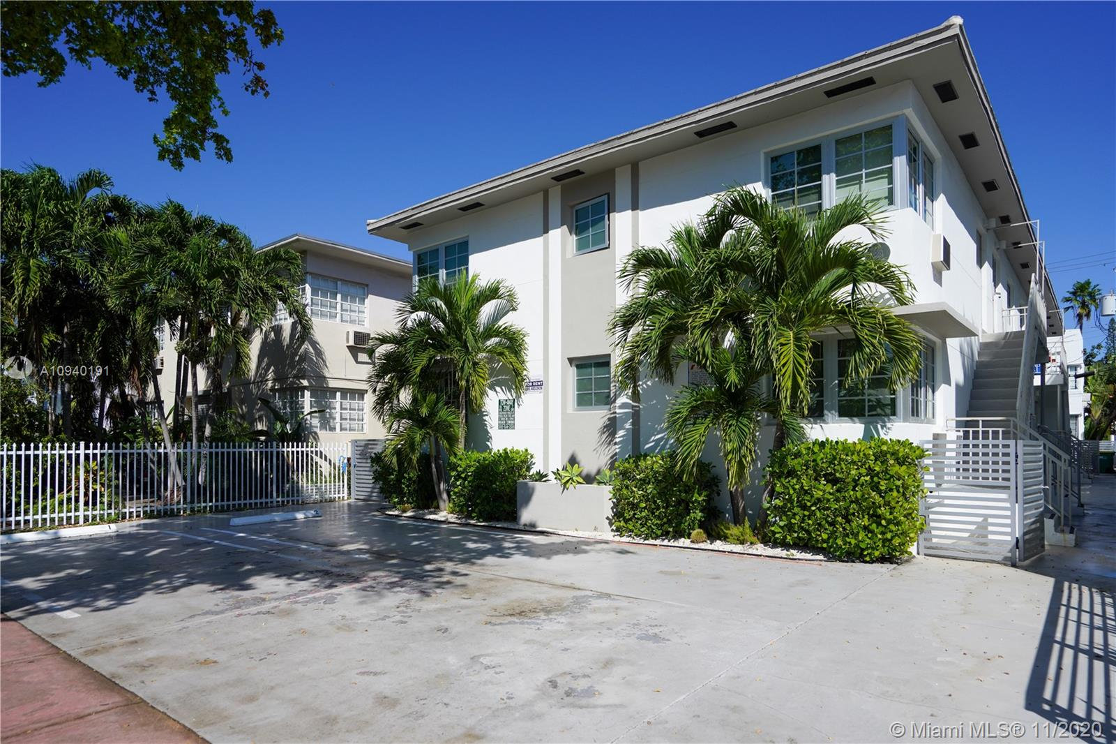 951  Jefferson Ave #5 For Sale A10940191, FL