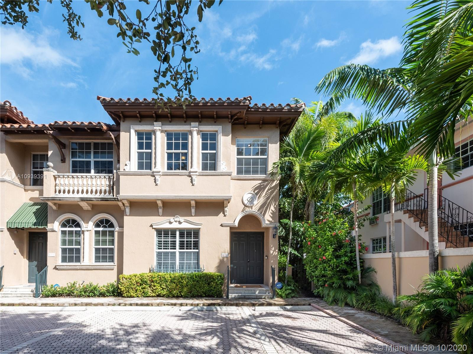 427  Coral Way  For Sale A10939391, FL