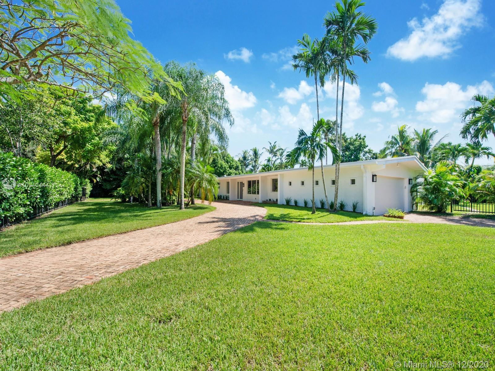 8180 SW 135th St  For Sale A10940444, FL