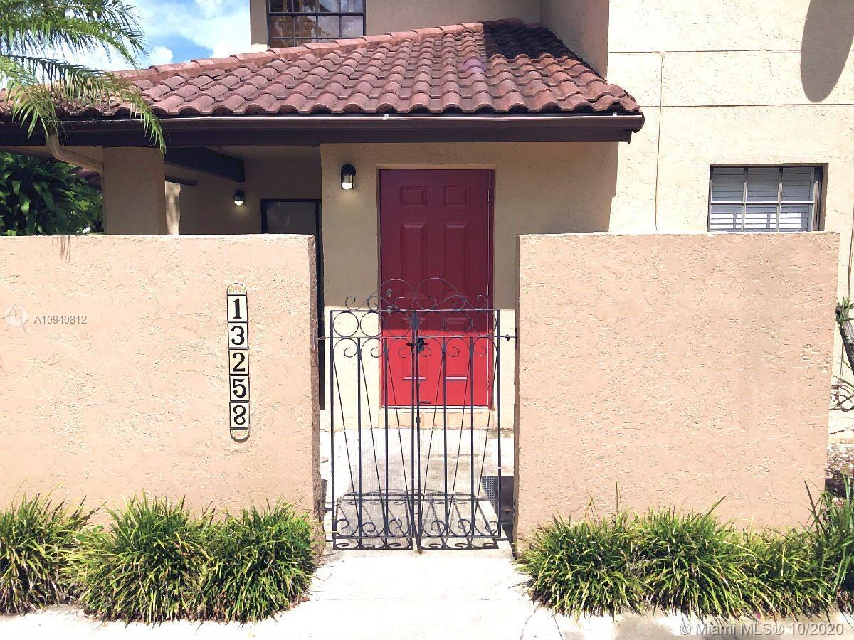 13258 SW 112 TE #13258 For Sale A10940812, FL