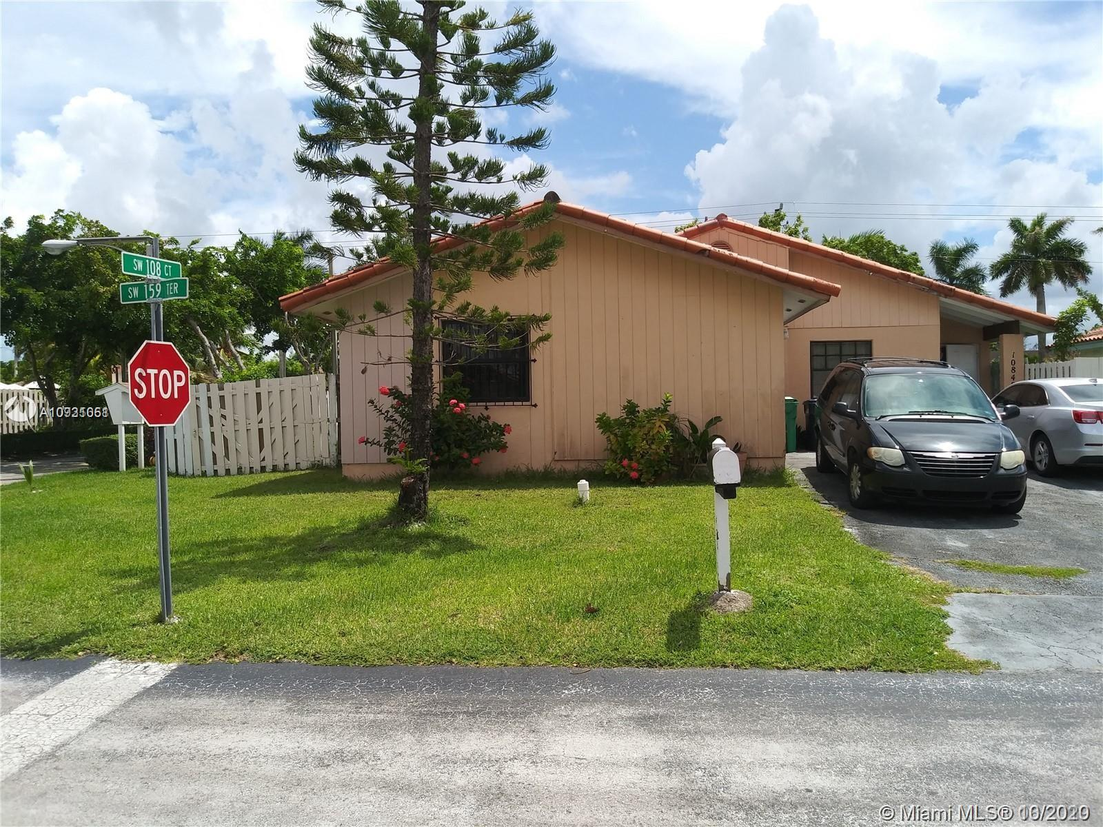 10840 SW 159th Ter  For Sale A10931051, FL