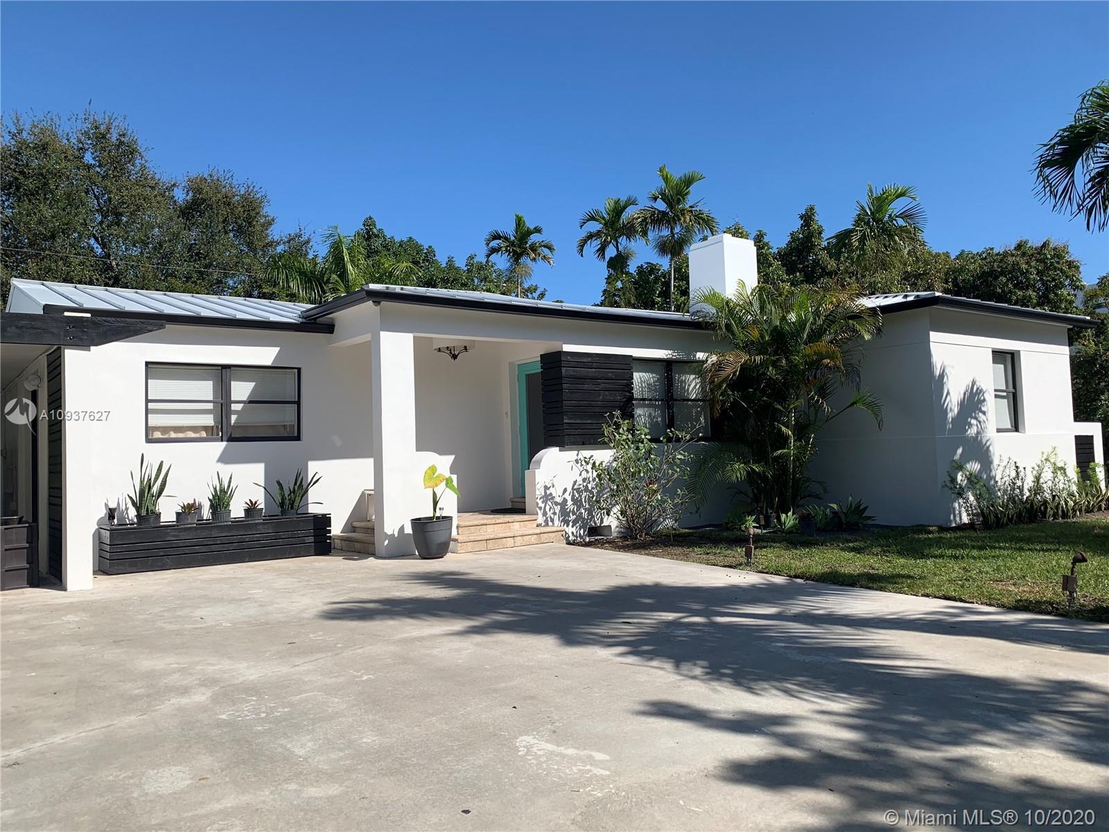 211 NE 46th St  For Sale A10937627, FL