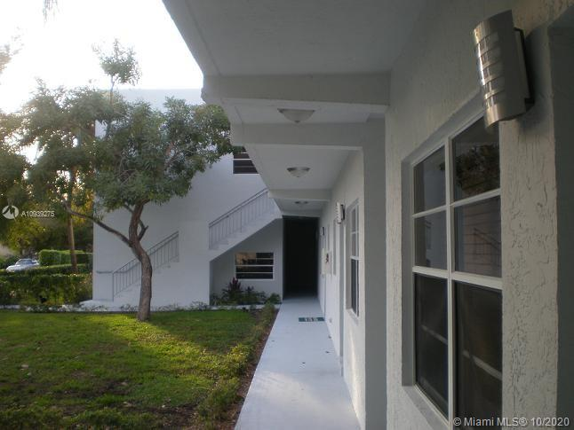 1925  Madison St #10 For Sale A10939275, FL