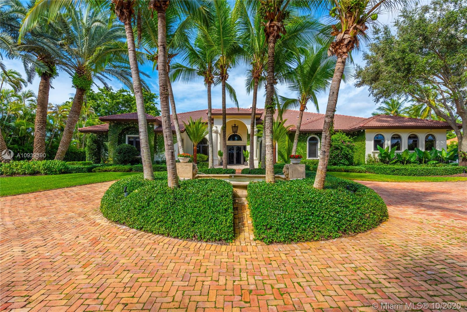 10120 SW 72nd Ave  For Sale A10939390, FL