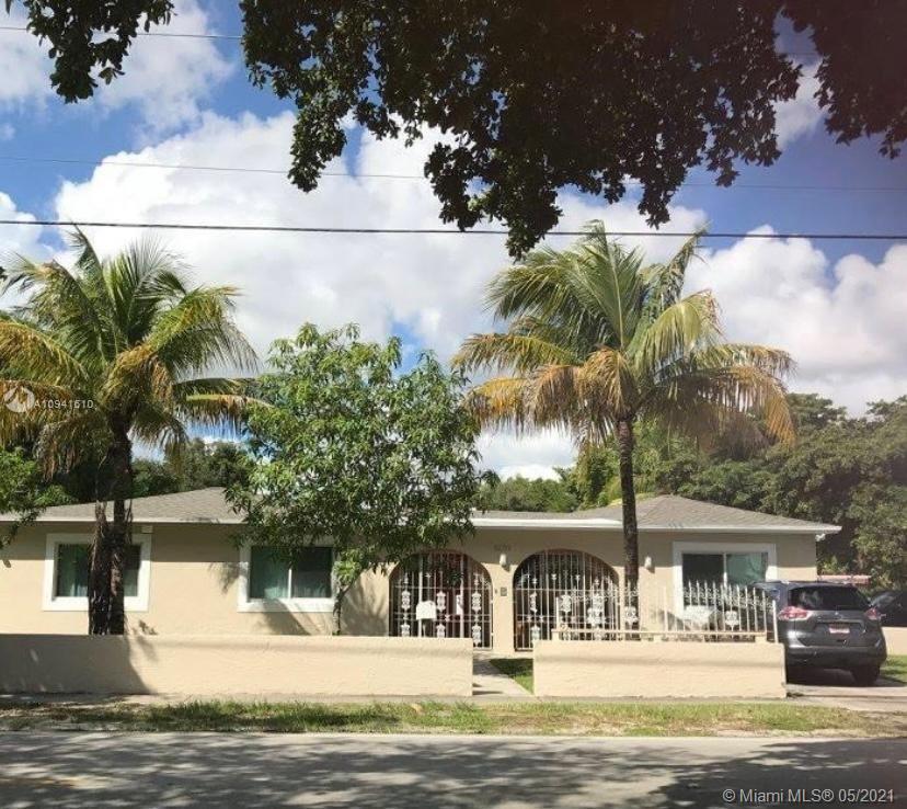 12790 NE 12th Ave  For Sale A10941610, FL