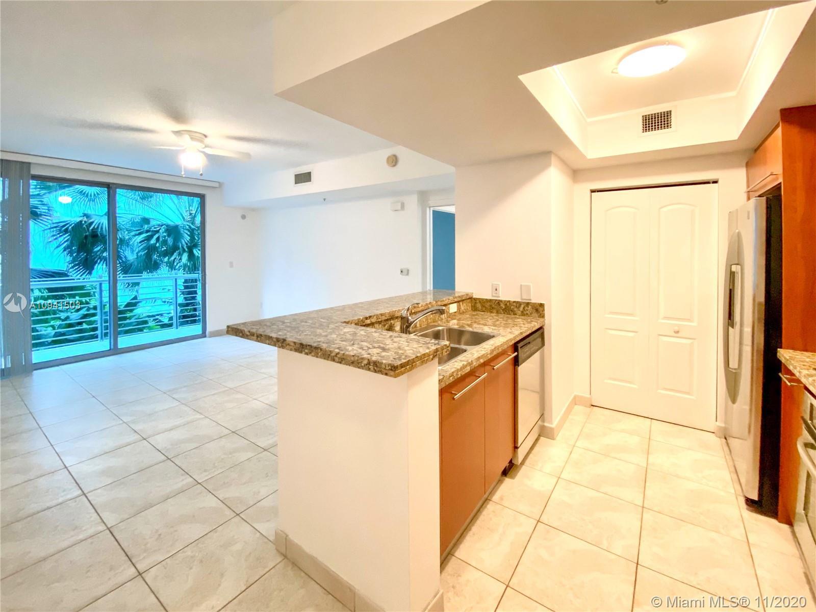 110  Washington Ave #1422 For Sale A10941503, FL