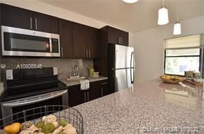 2512  Grant  For Sale A10926546, FL