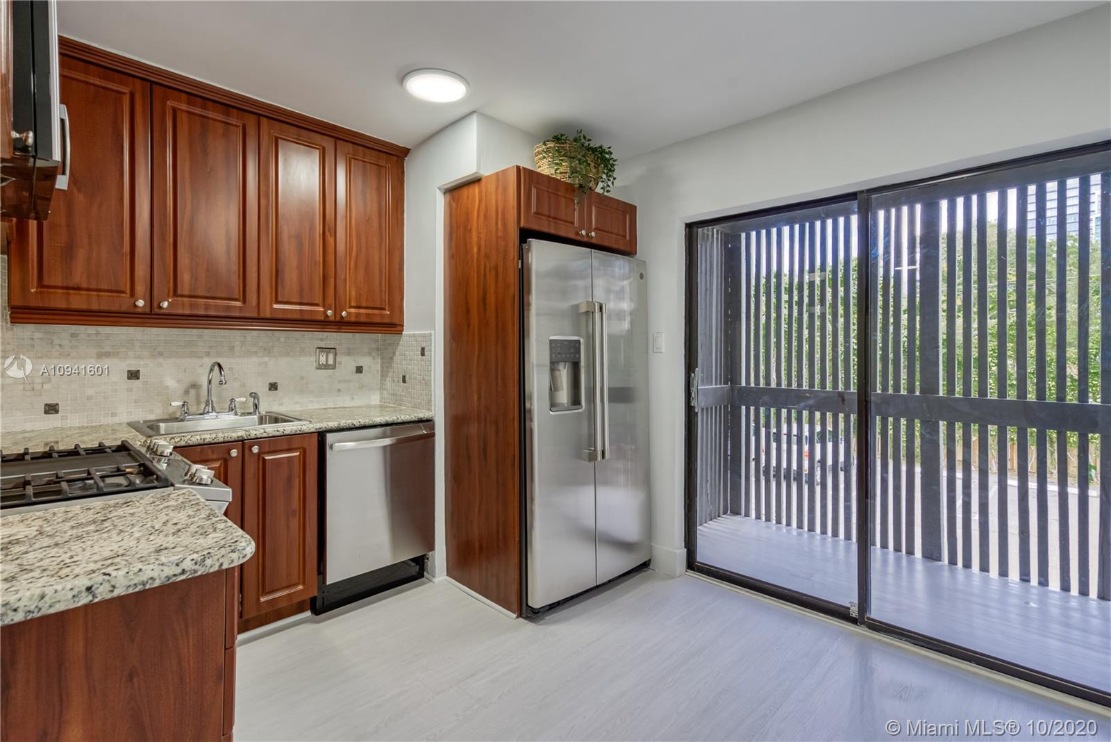 3265  Virginia St #19 For Sale A10941601, FL