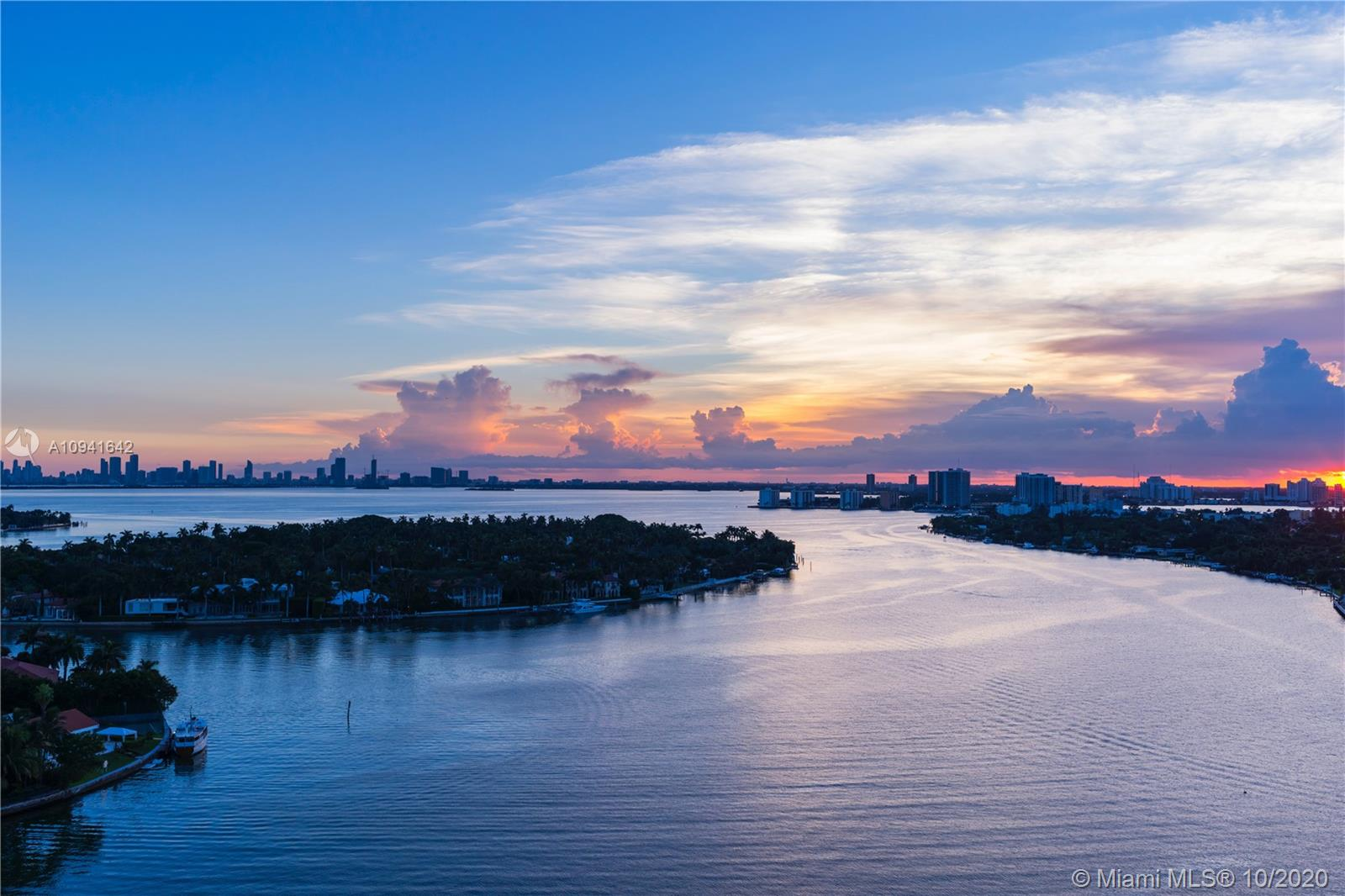 6770  Indian Creek Dr #15F For Sale A10941642, FL