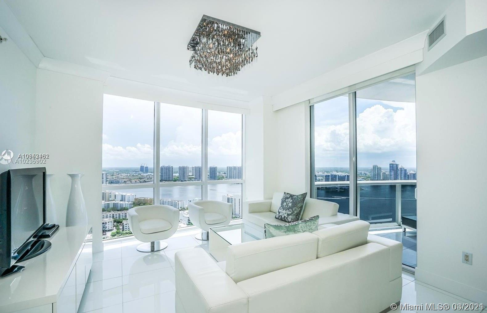 18201  Collins Ave #4201A For Sale A10942462, FL