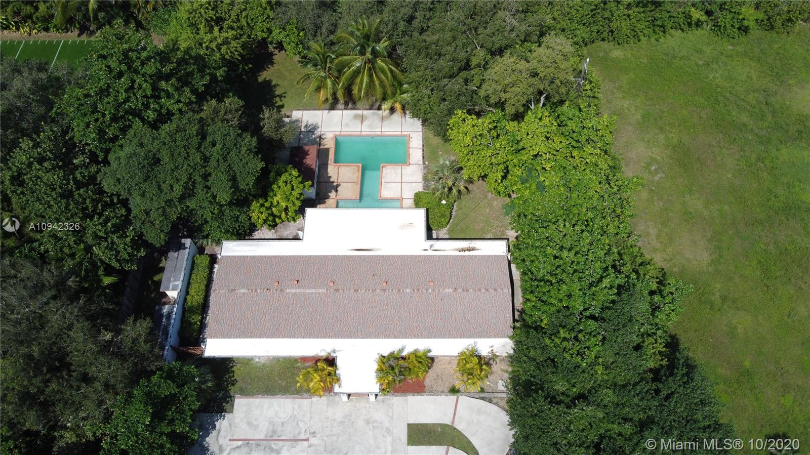 7425 SW 122nd St  For Sale A10942326, FL