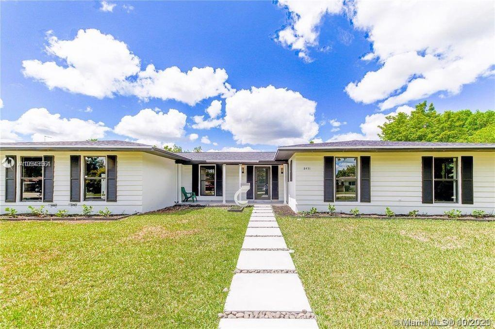 8451 SW 152nd St  For Sale A10943564, FL