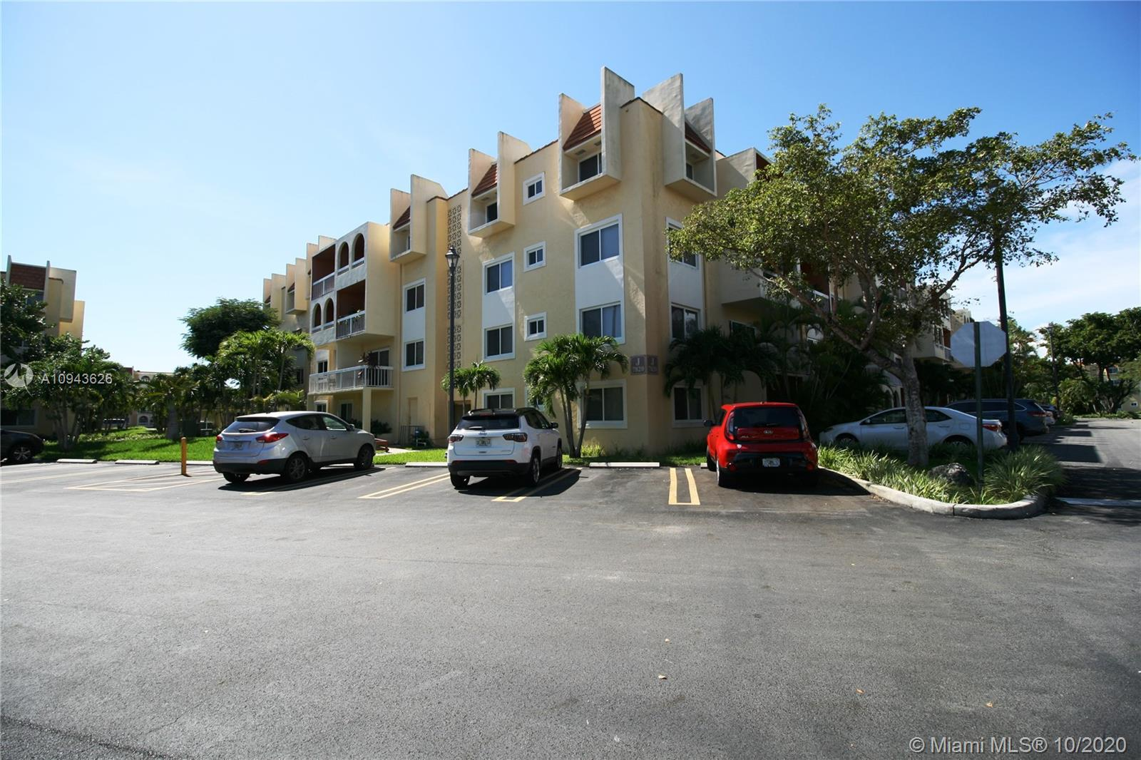 7820  Camino Real #J-320 For Sale A10943626, FL