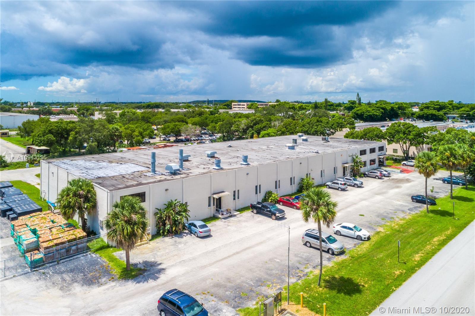 1498 NW 3rd St  For Sale A10943195, FL