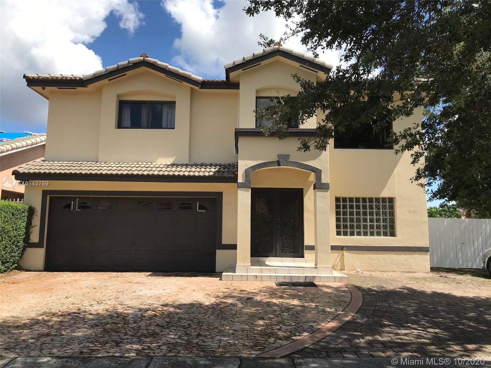 15781 SW 79th Ter  For Sale A10943769, FL