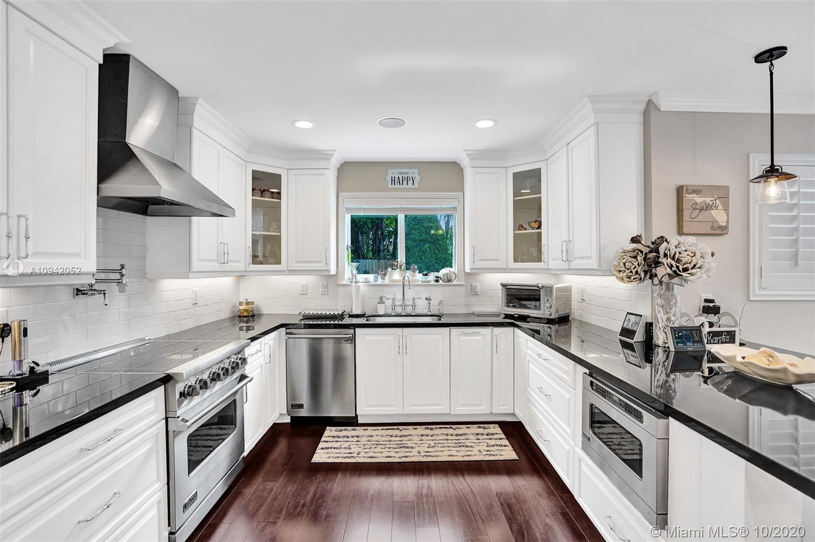 2664 NE 26th Ave  For Sale A10942052, FL
