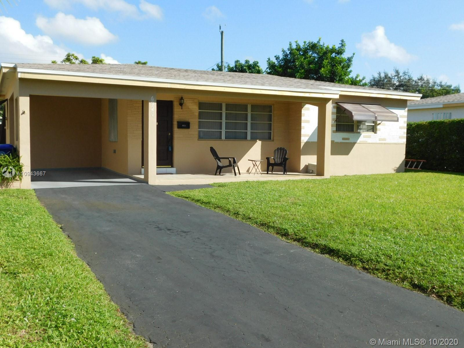 6921 SW 11th St  For Sale A10943667, FL