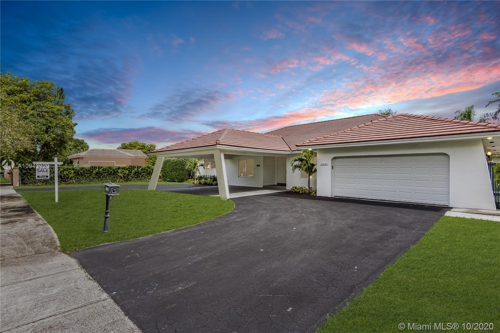10651 SW 77th Ave  For Sale A10943929, FL