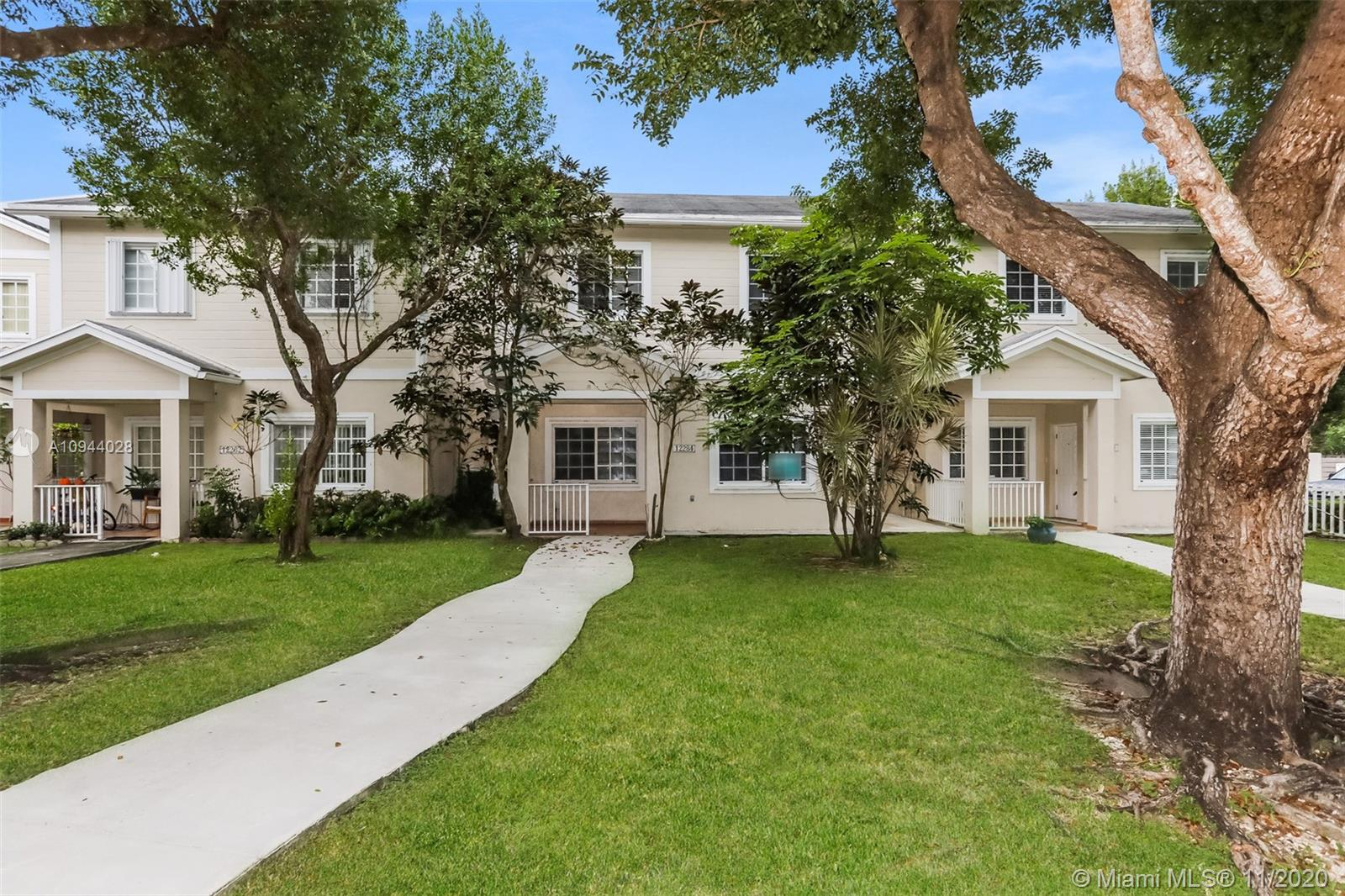 12284 SW 148th Ter  For Sale A10944028, FL