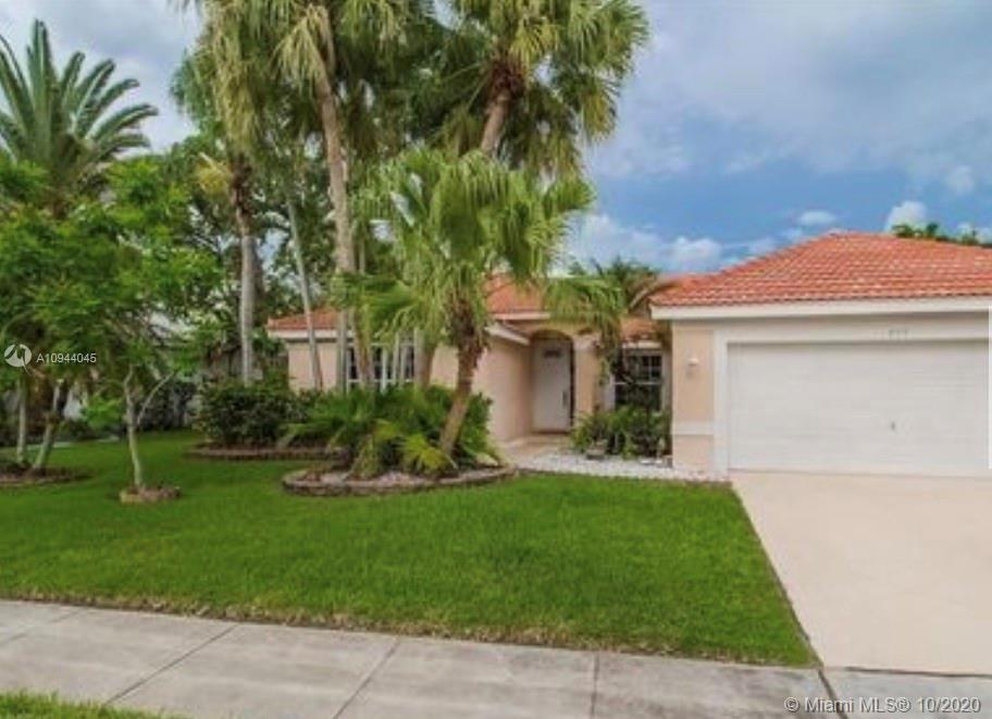 709 NW 177th Ave  For Sale A10944045, FL