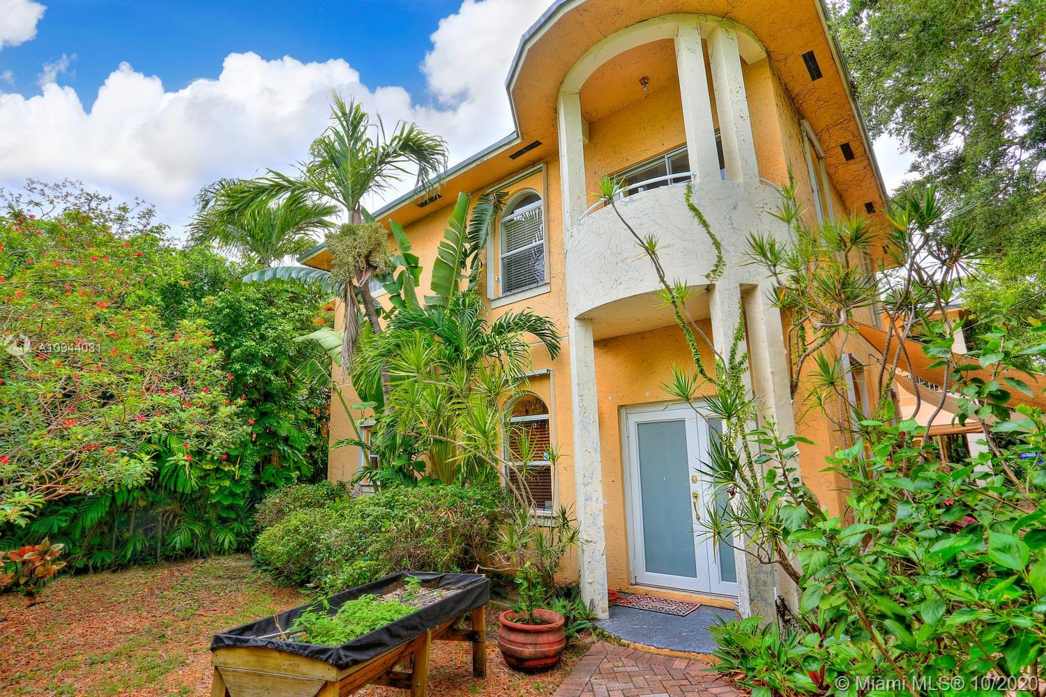 3257  Day Ave #3257 For Sale A10944031, FL