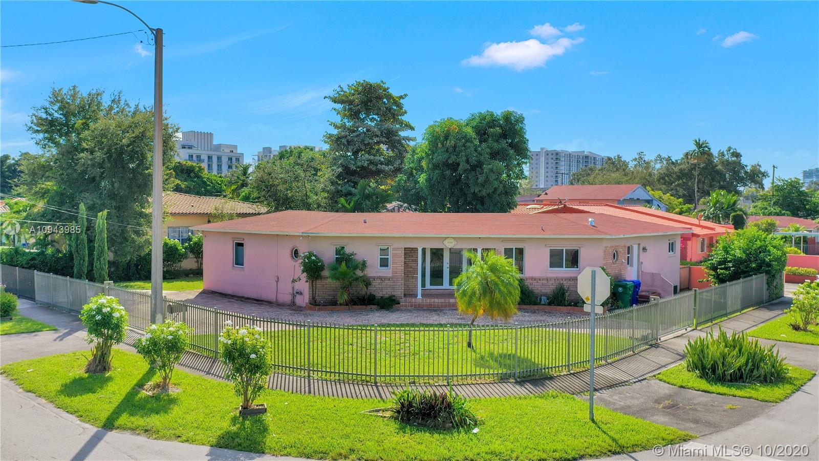 2880 SW 25th St  For Sale A10943985, FL