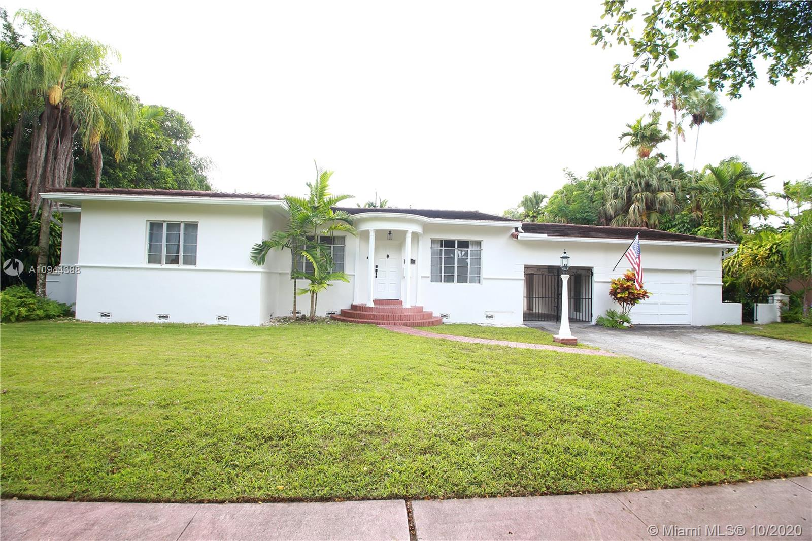 1530  Plasentia Ave  For Sale A10944388, FL