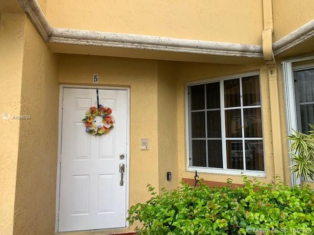 8320 NW 10th St #5 For Sale A10943704, FL