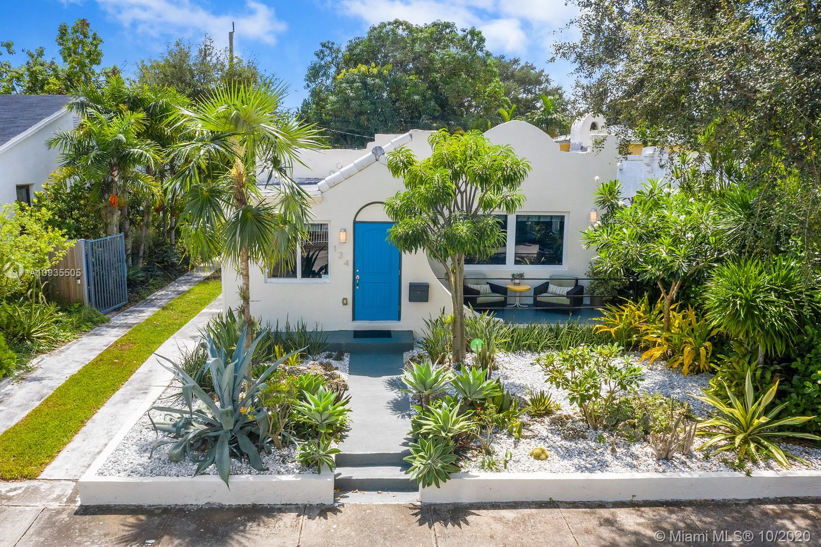 134 NW 47th Ter  For Sale A10935505, FL