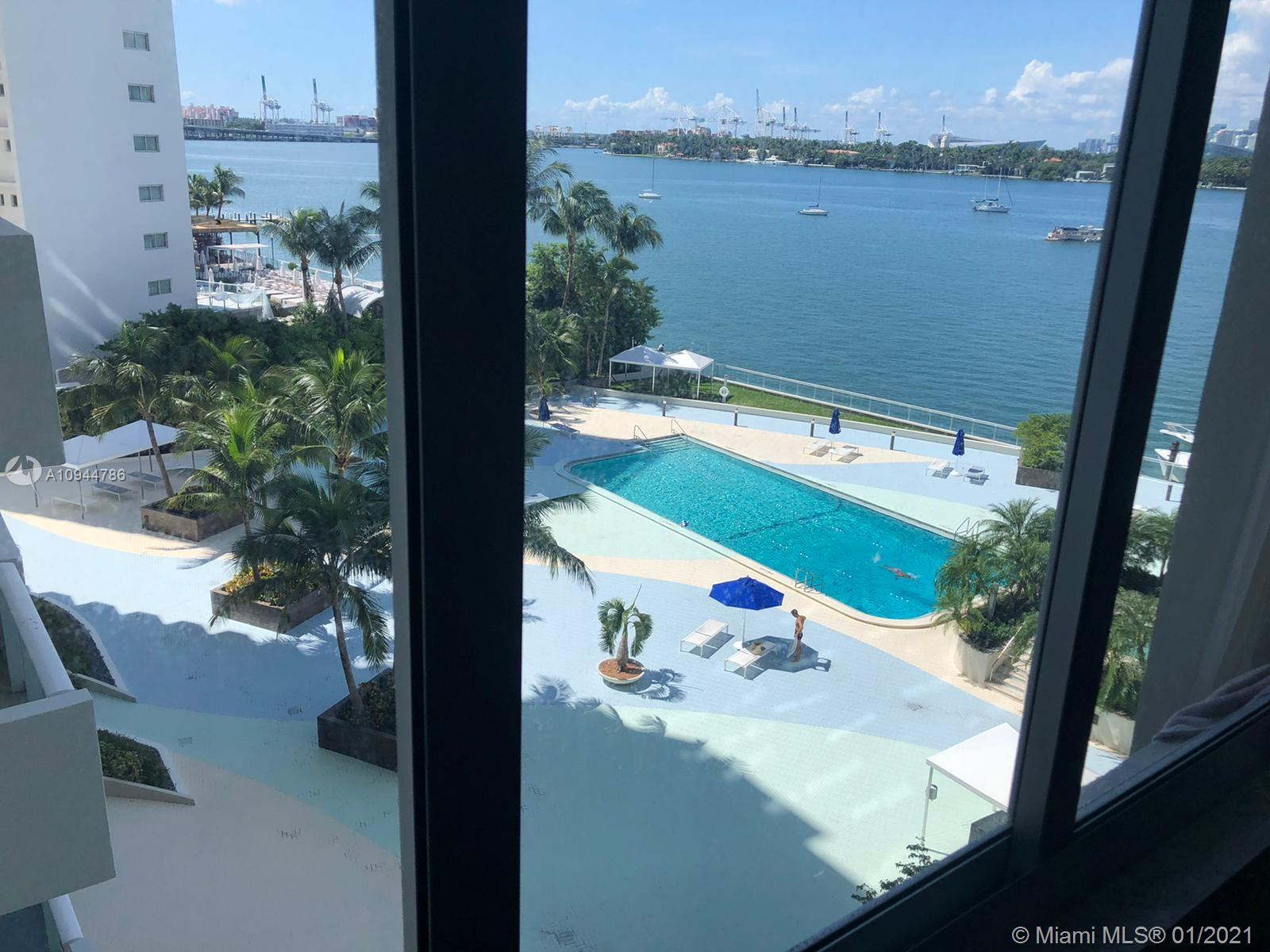 OWNER MOTIVATED!! GREAT DEAL ON THIS VERY LARGE 1BED 1BATH. ALMOST 1000 SFT. GREAT BAY VIEW WITH LARGE HURRICANE IMPACT WINDOWS. UNIT NEEDS SOME TLC WITH KITCHEN AND BATHROOM NEEDED UPDATING. SOME UPGRADES HAVE BEEN DONE TO THE UNIT WITH NEW LUXURY  VINYL PLANK FLOORS AND CENTRAL AC LESS THEN 18 MONTH OLD. VERY EASY TO SHOW PLEASE CALL OR TEXT REALTOR.