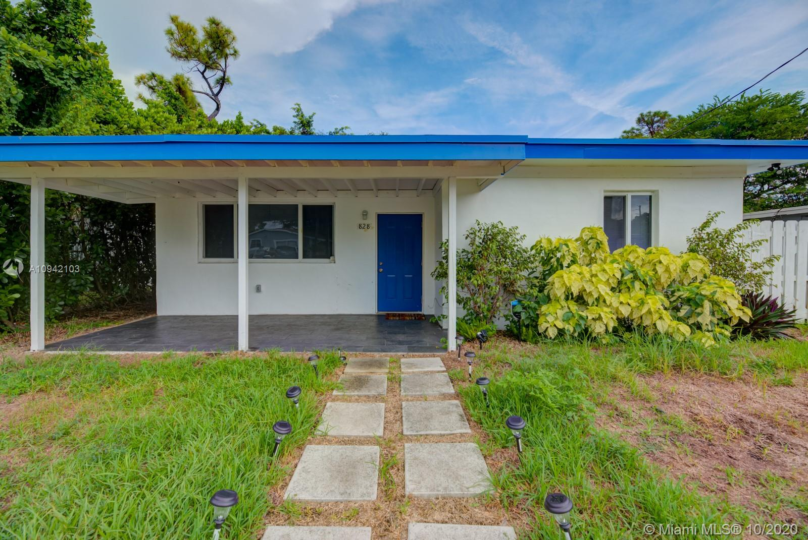 828 NW 14th Way  For Sale A10942103, FL