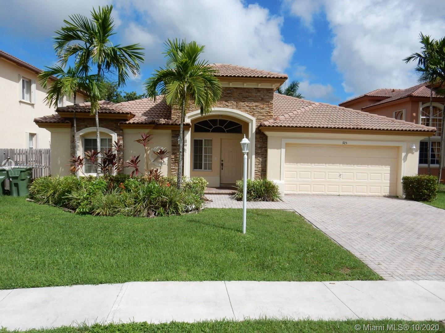 Details for 925 36th Ave, Homestead, FL 33033