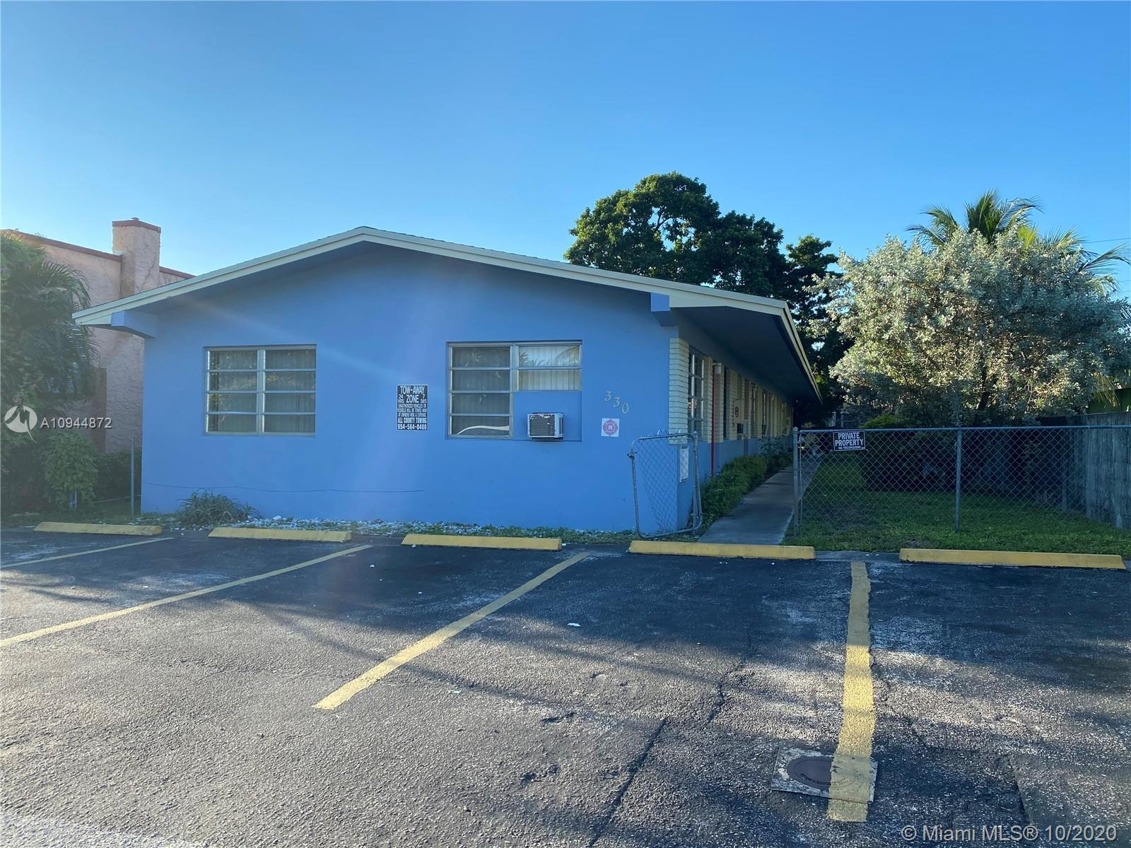 330 SW 19th St #1-5 For Sale A10944872, FL