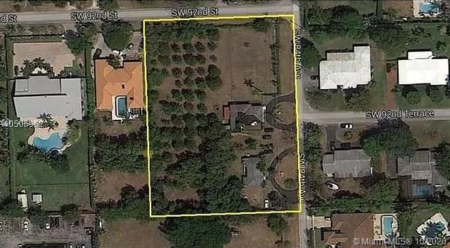 9260 SW 84th Ave  For Sale A10944617, FL