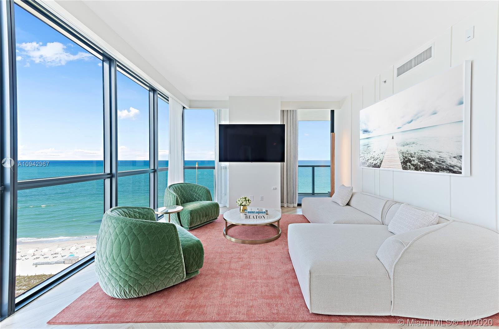 2201  Collins Ave #1429 For Sale A10942967, FL