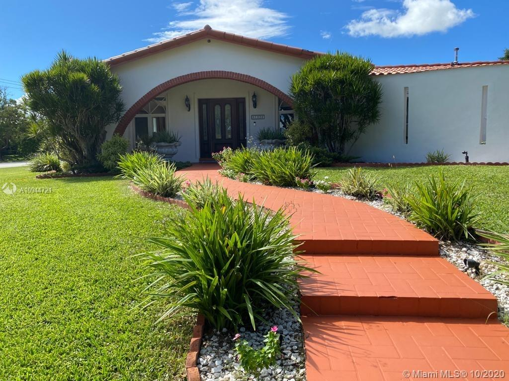 17320 SW 89th Ave  For Sale A10944721, FL
