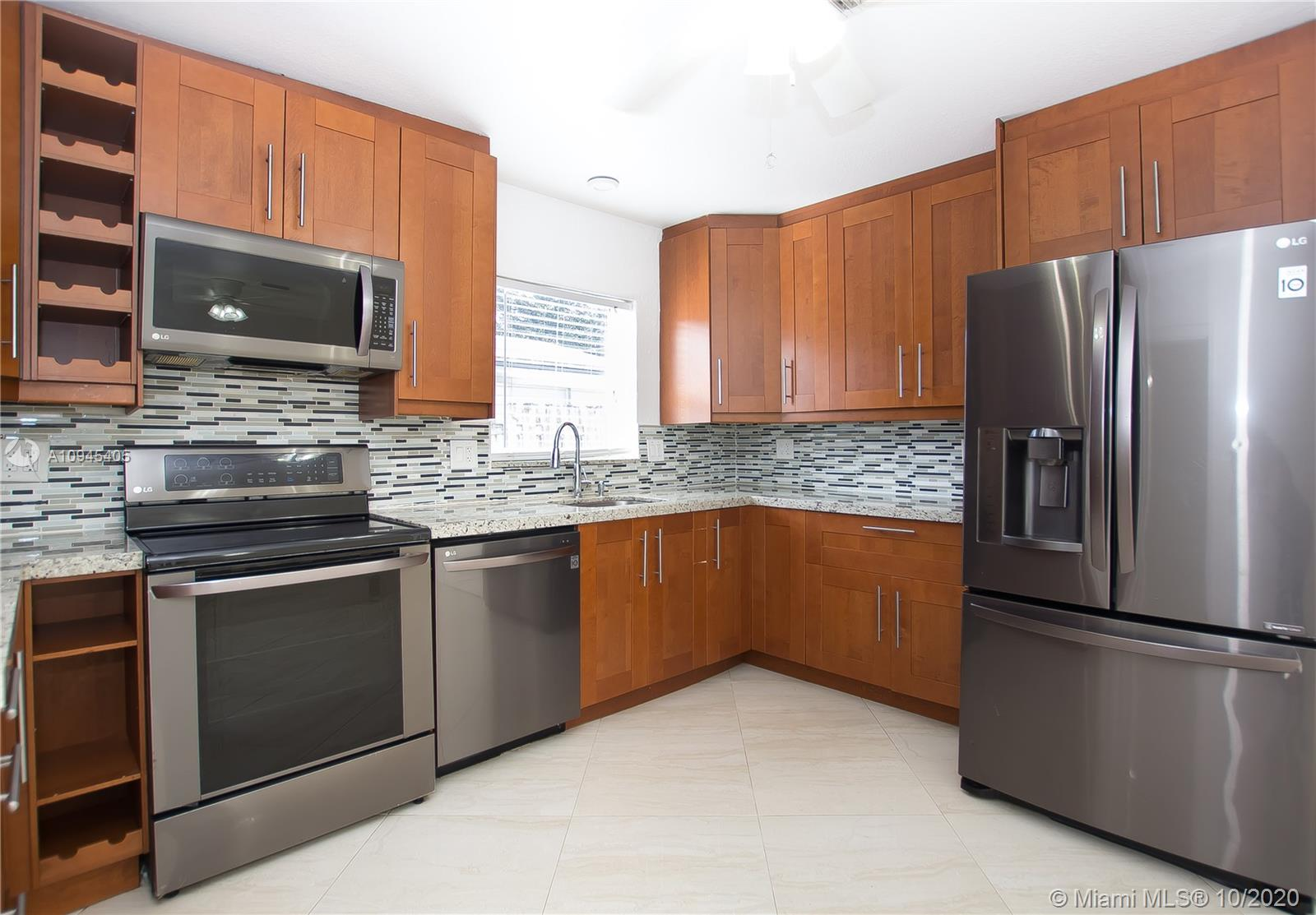 1212 NE 3rd Ave  For Sale A10945405, FL