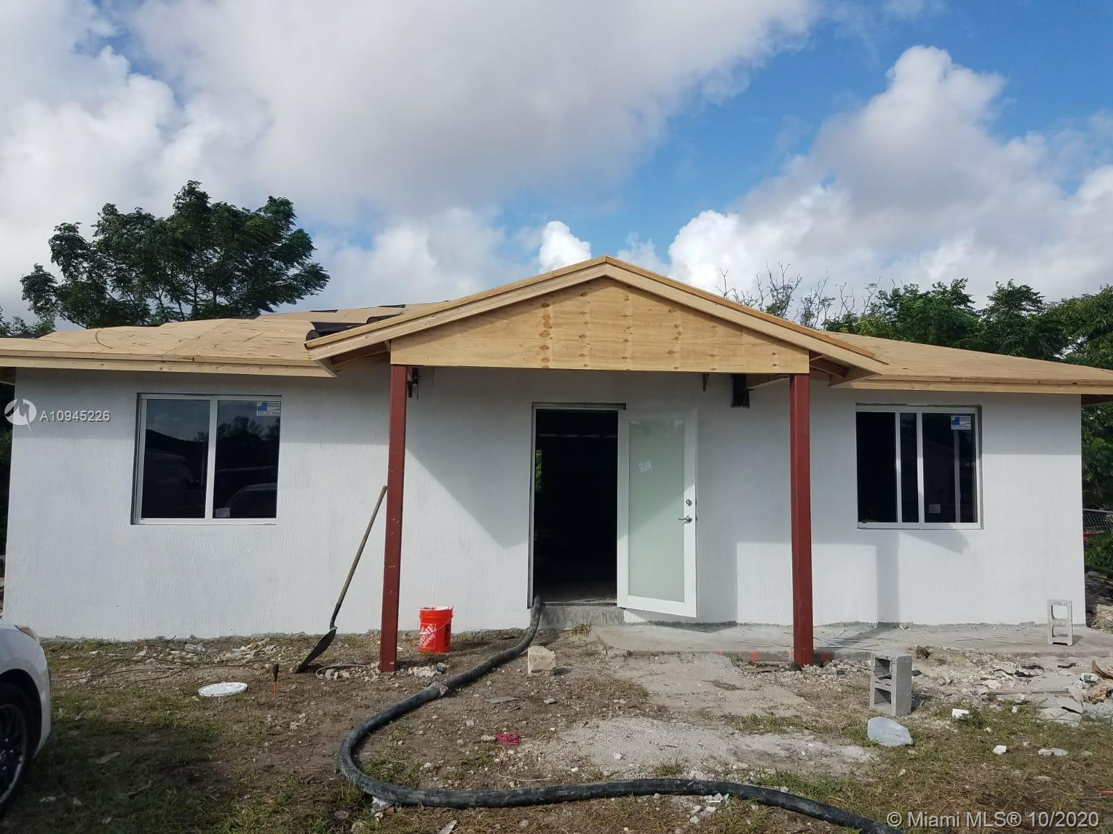 18120 SW 104 AVE  For Sale A10945226, FL