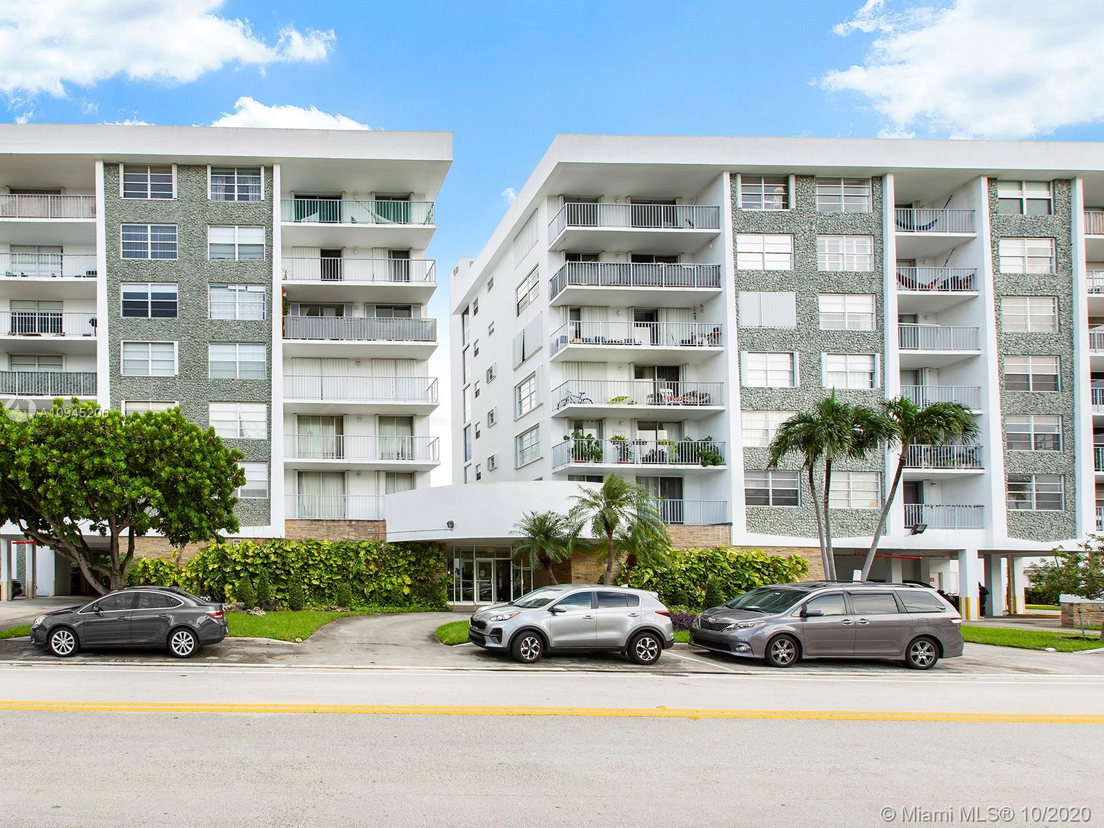 1050  93rd St #7E For Sale A10945206, FL