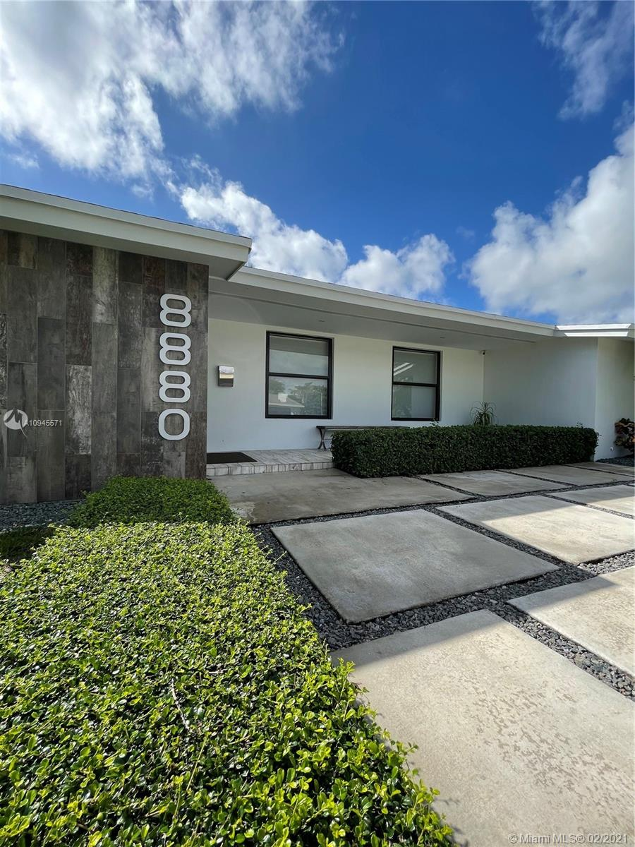 8880 SW 86th St  For Sale A10945571, FL